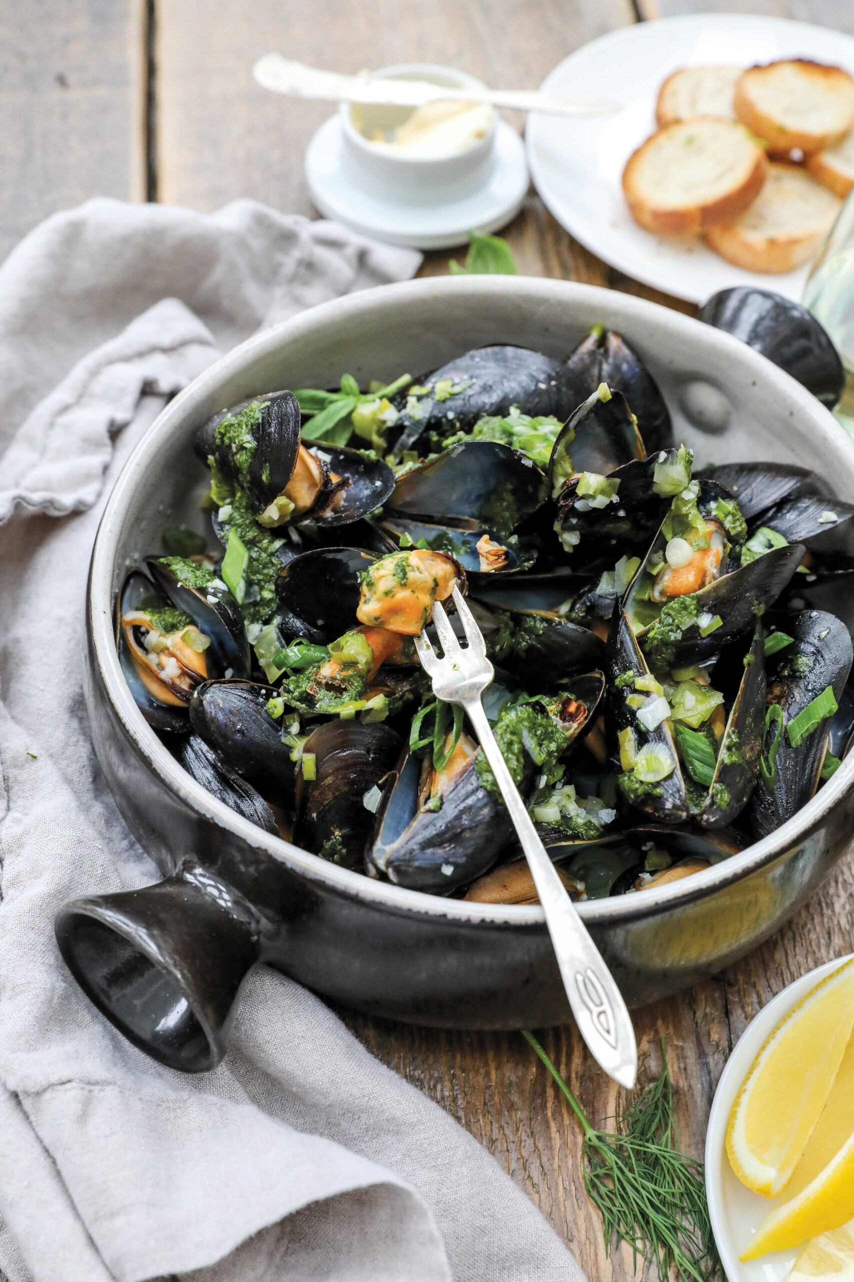 Mussels with fresh Herb Oil